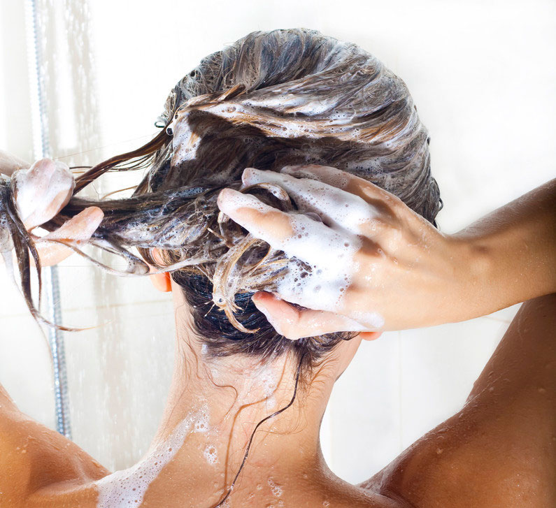 How to wash hair with sulfate-free shampoos